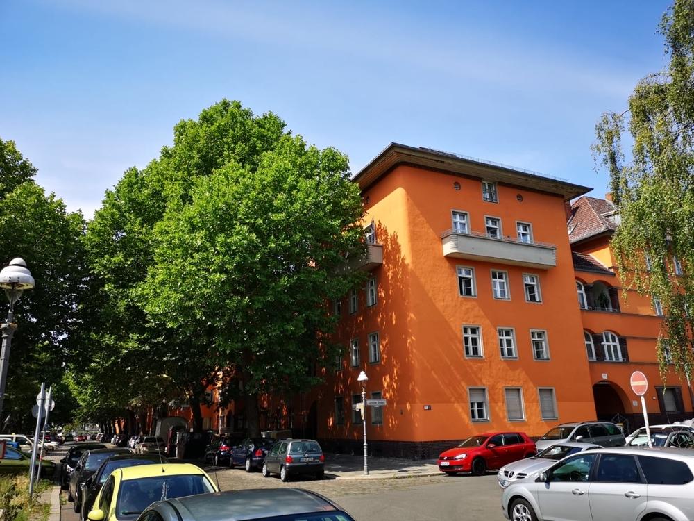 2. Eckgebäude 2