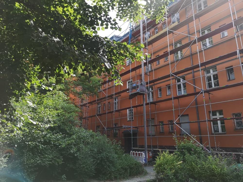 Fassade mit Gerüstbau