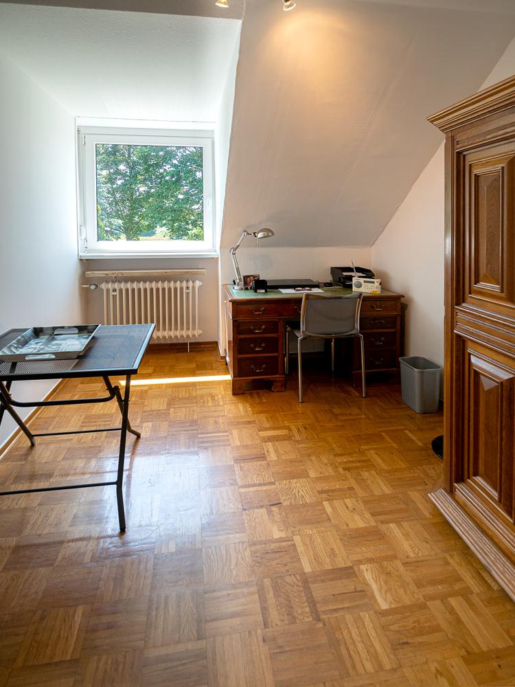 Kinderzimmer I / Büro / Ankleidezimmer