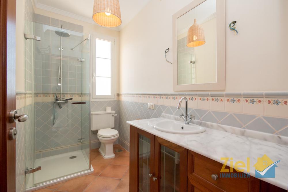 Duschbad beim 3. Zimmer