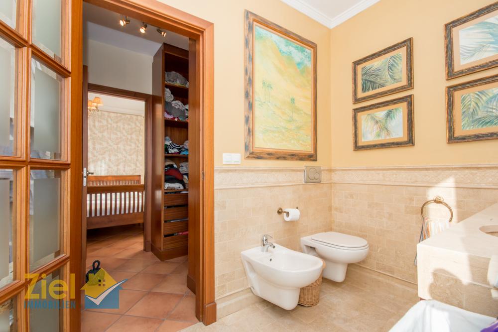 En-suite Bad, Hauptschlafzimmer