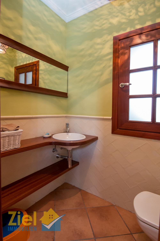 Gäste-WC im Erdgeschoss
