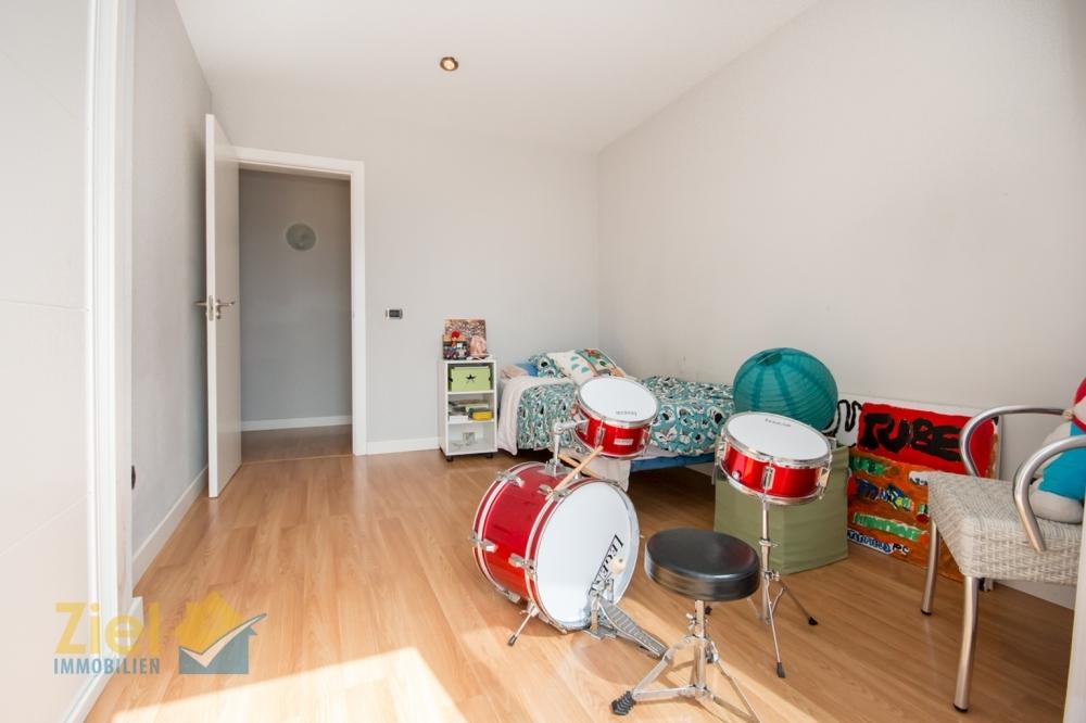 Kinderschlafzimmer mit Einbauschrank