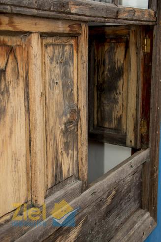 Historische Fensterläden