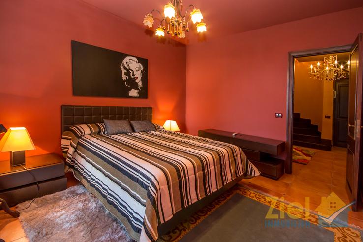 Harmonisch gestaltetes 2. Schlafzimmer