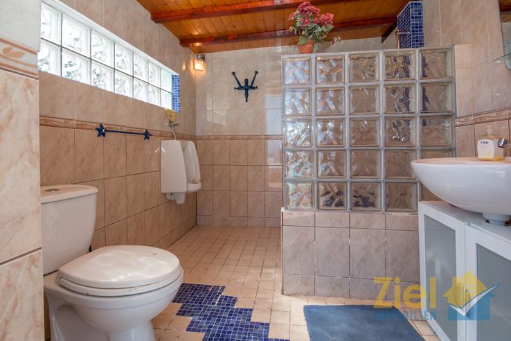 Duschbad im Aussenbereich