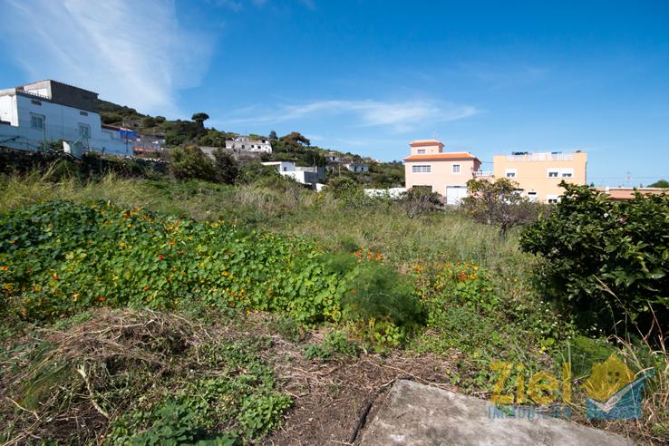 Bauland auf dem oberen Grundstück