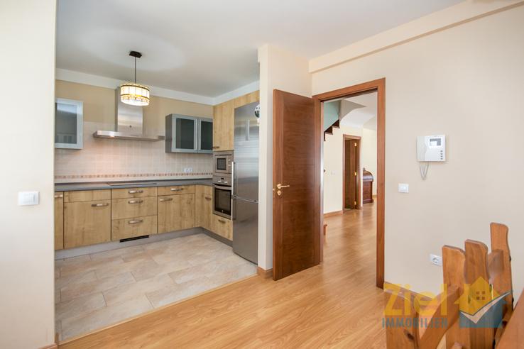 Geräumige Wohnküche für die Familie