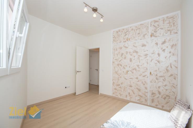 Gästezimmer mit 3-teiligem Einbauschrank