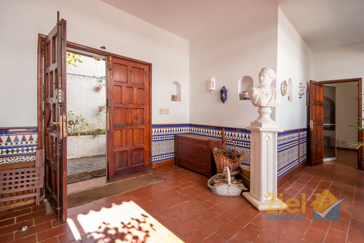 Eingang in den Patio des Wohnhauses