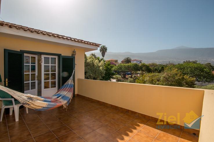 Relaxen auf der Terrasse mit Teideblick