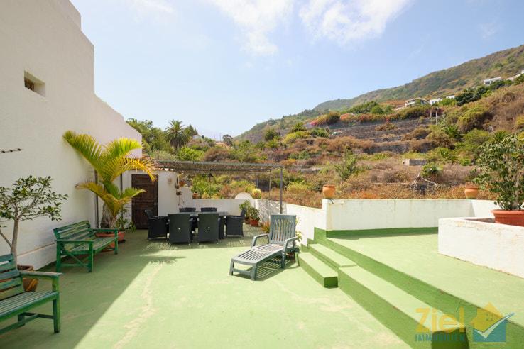Lauschige Dachterrasse mit Relax-Garantie
