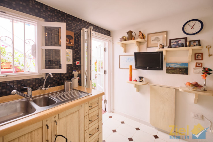 Von der Küche auf die Dachterrasse