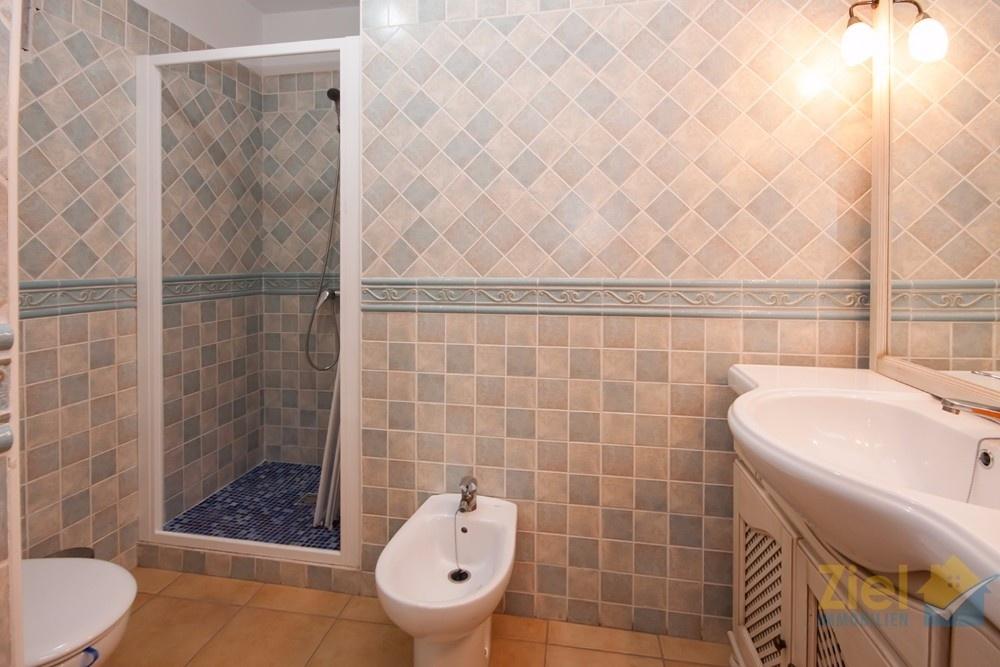 Ensuite-Duschbad des Gästezimmers