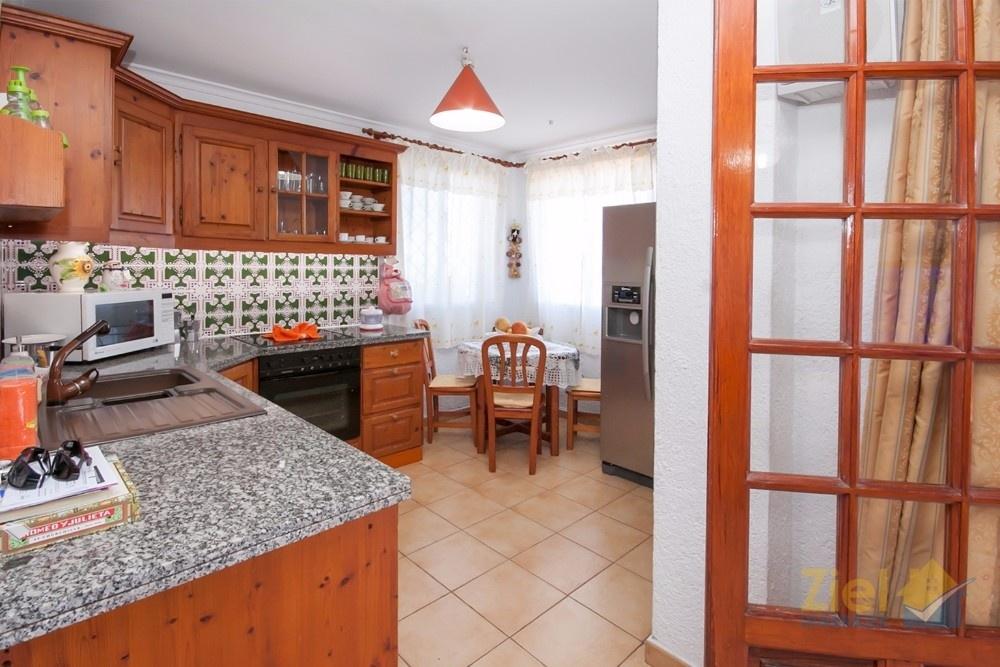 Offene Küche der Einliegerwohnung