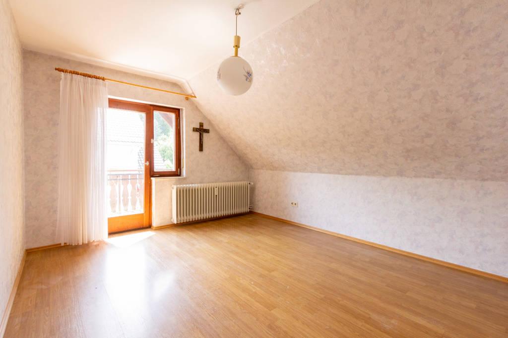 Schlafzimmer im DG Vorderhaus
