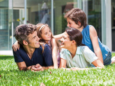 +++ AVERNET – PLATZ FÜR DIE FAMILIE - GROSSZÜGIGE 4-ZIMMER-NEUBAUWOHNUNG IN RHEINFELDEN-MINSELN +++