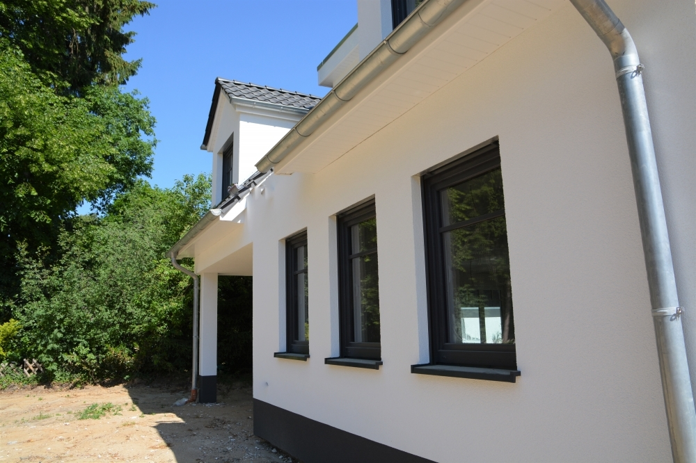 weiße Fassade