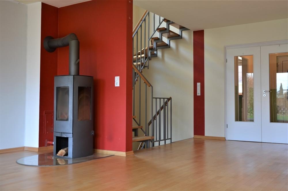 helles großes Wohnzimmer