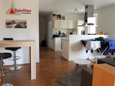 Wohnküche von Zimmer 1 aus gesehen