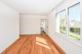 Schlafzimmer mit Masterbad ohne Möbel