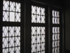 Fenster im Hausflur