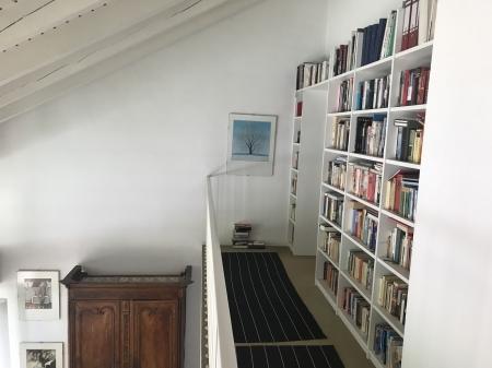Galerie und Bibliothek