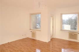 imcentra-immobilien-berlin-eigentumswohnung-Mariendorf-1-Zimmer-Apartment-Wohnzimmer-VS028.Zi1