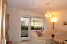 imCentra Immobilien-Berlin-Sanierte Wohnung-Vermietet-Wohnzimmer-Berlin-Mariendorf-VS045