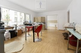 imcentra-immobilien-berlin-eigentumswohnung-friedrichshain-wohnen-parkett