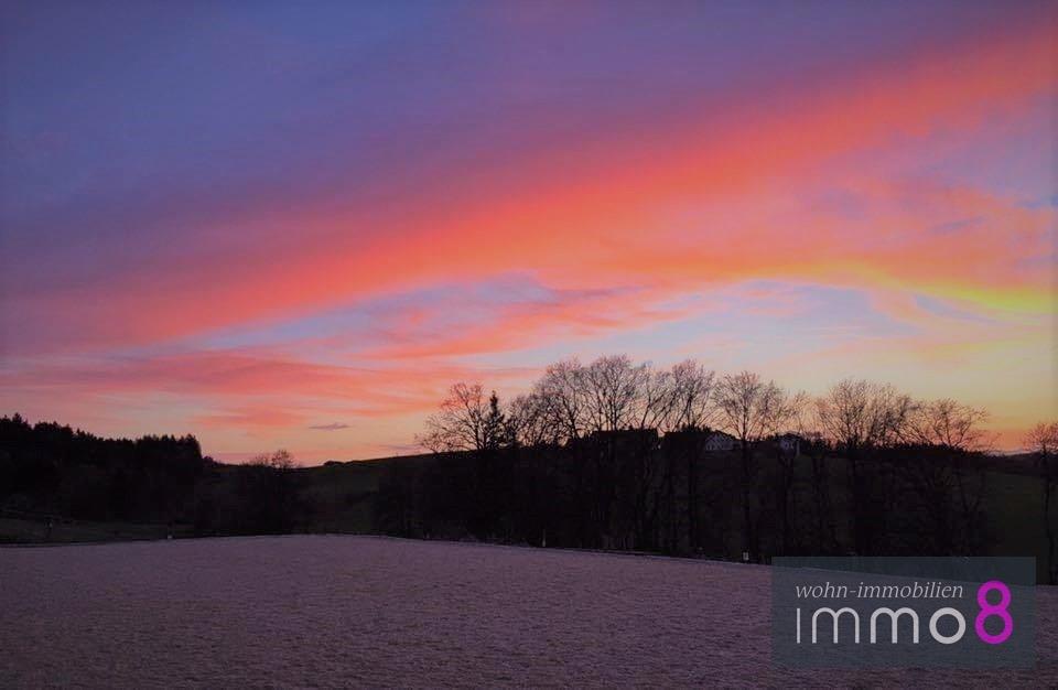 abendlicher Ausritt bei romantischem Sonnenuntergang