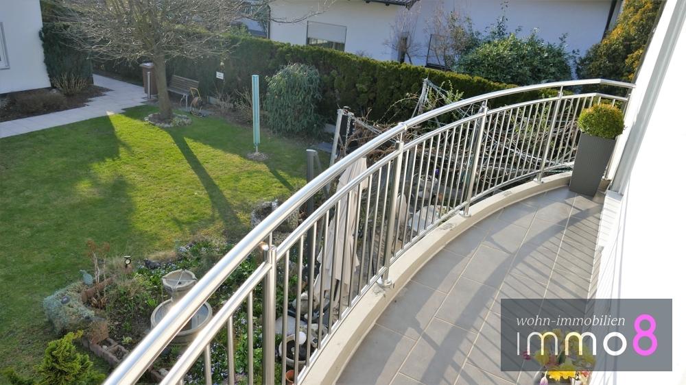 Balkonaussichten zum Garten