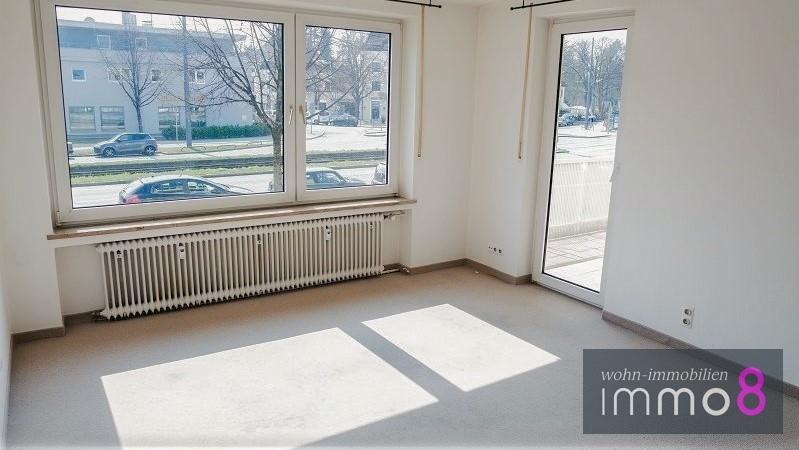 Balkonzugang Wohnzimmer