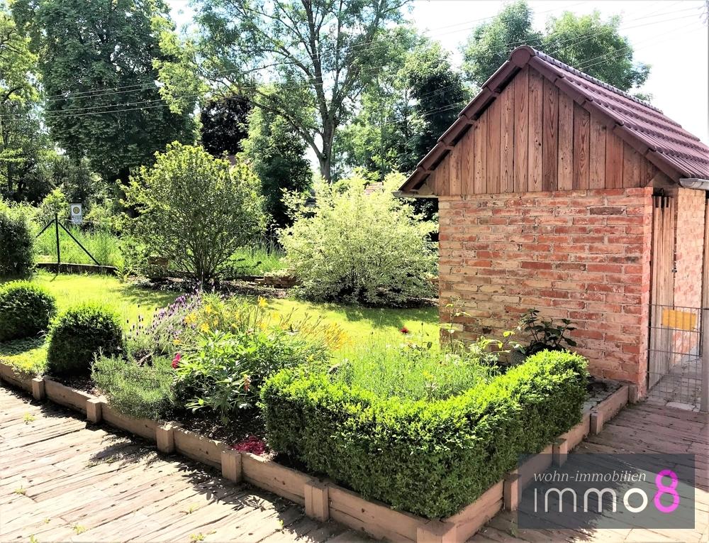 herrlicher Vorgarten