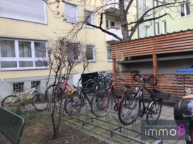 Platz für Fahrräder