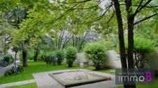 ruhiger grüner Innenhof