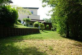 zwei Gartenhäuser, viel Platz