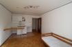 Wohn-/Schlafzimmer & Küche