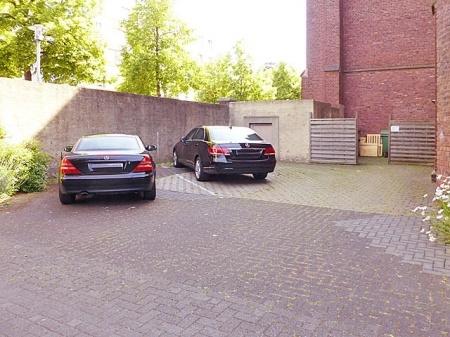 Parkflächen im Innenhof