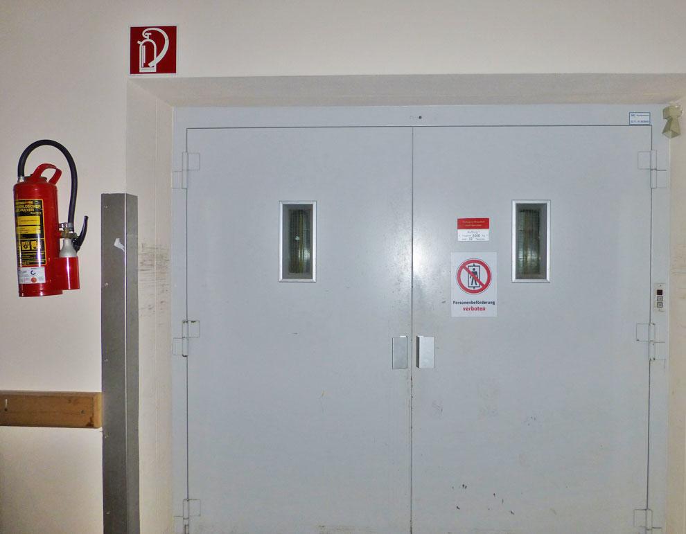Lasten-Aufzug
