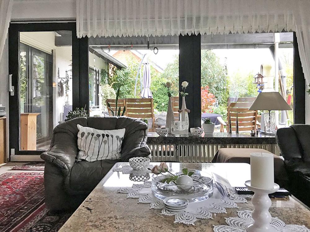 Fensterfront zur Terrasse