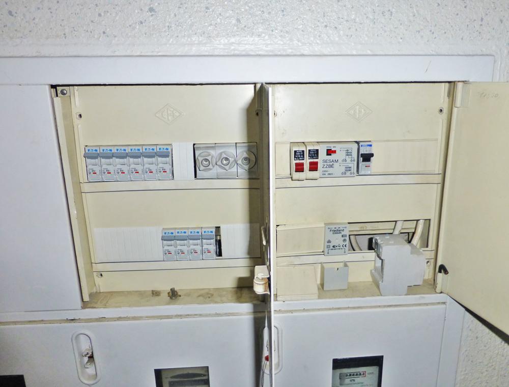Detail Elektrik