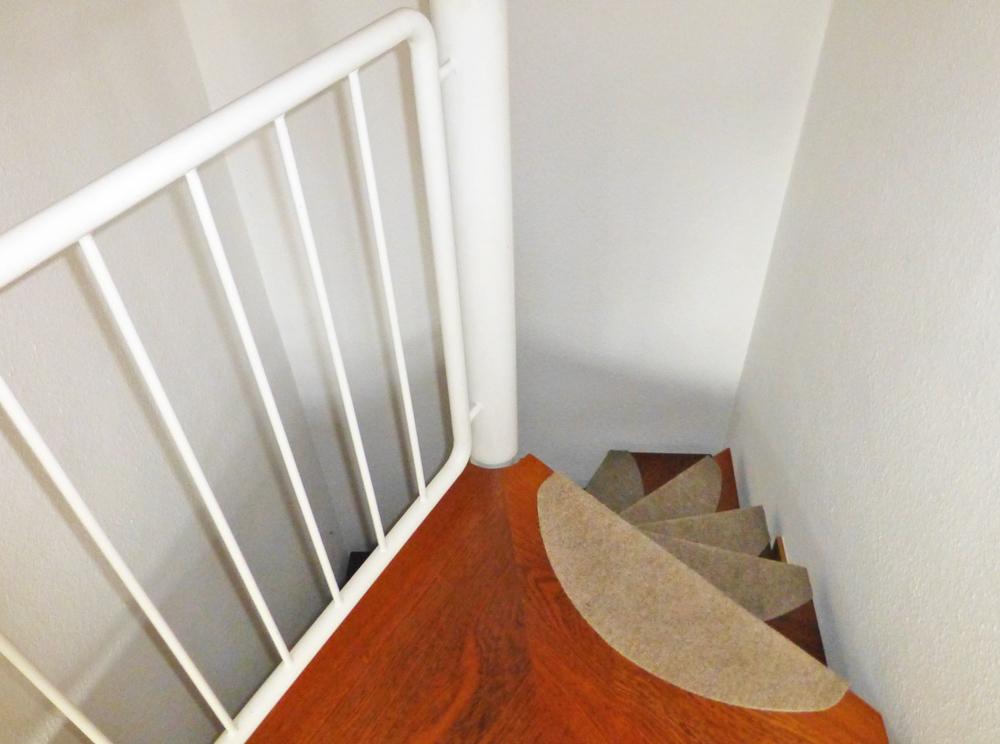Wendel-Treppe zum UG