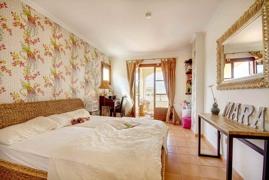 bedroom 1 lower floor
