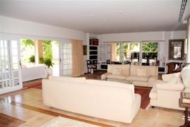 08 living room 1.2