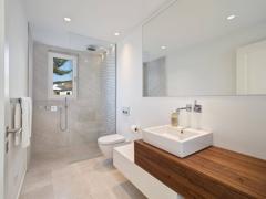 11.bathroom