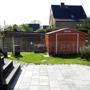 Gartenhäuschen & Brunnen