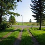Zufahrt / Blick vom Grundstück