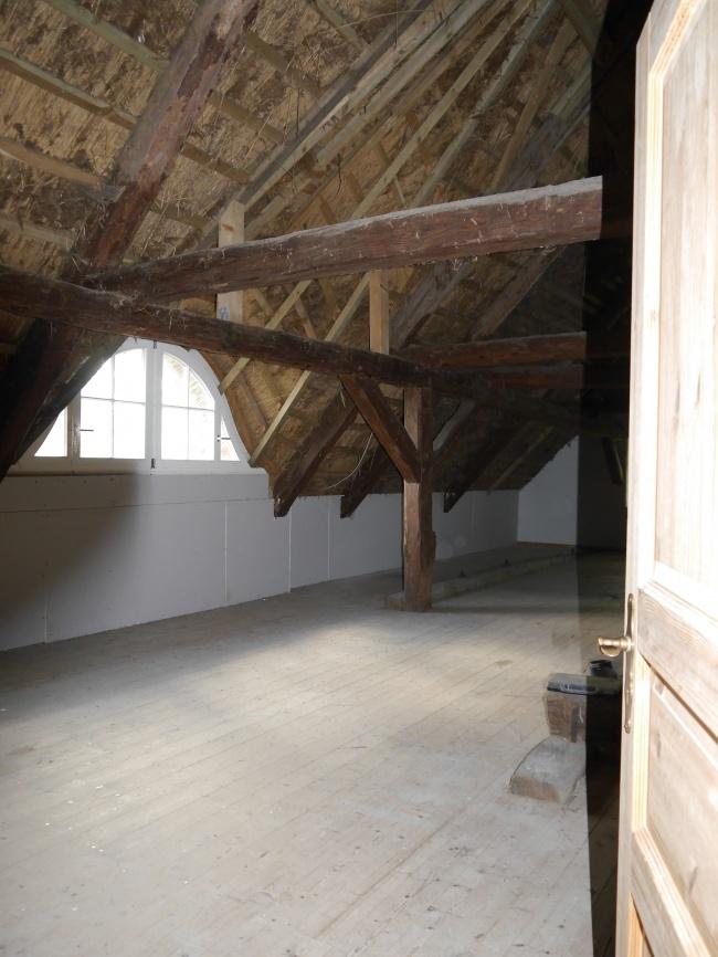 200 qm Ausbaureserve im Dach