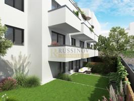 Grünfläche/ Balkone